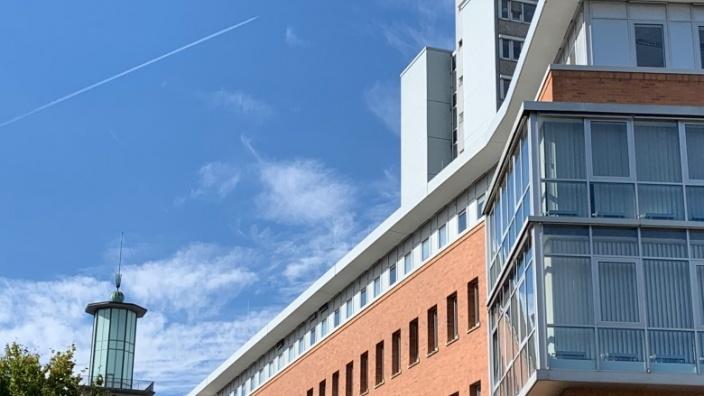Das Bild zeigt den Rathaus-Komplex in der Innenstadt.
