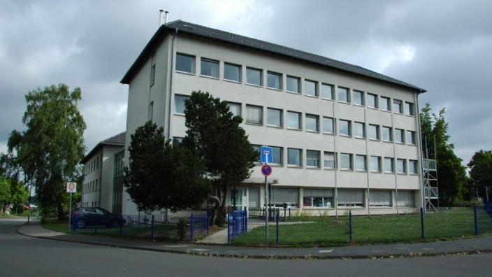 Das Bild zeigt die private Hagenschule.