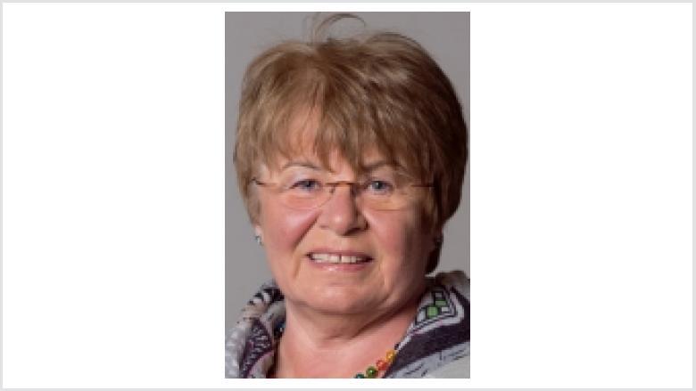 Ellen Neuhaus